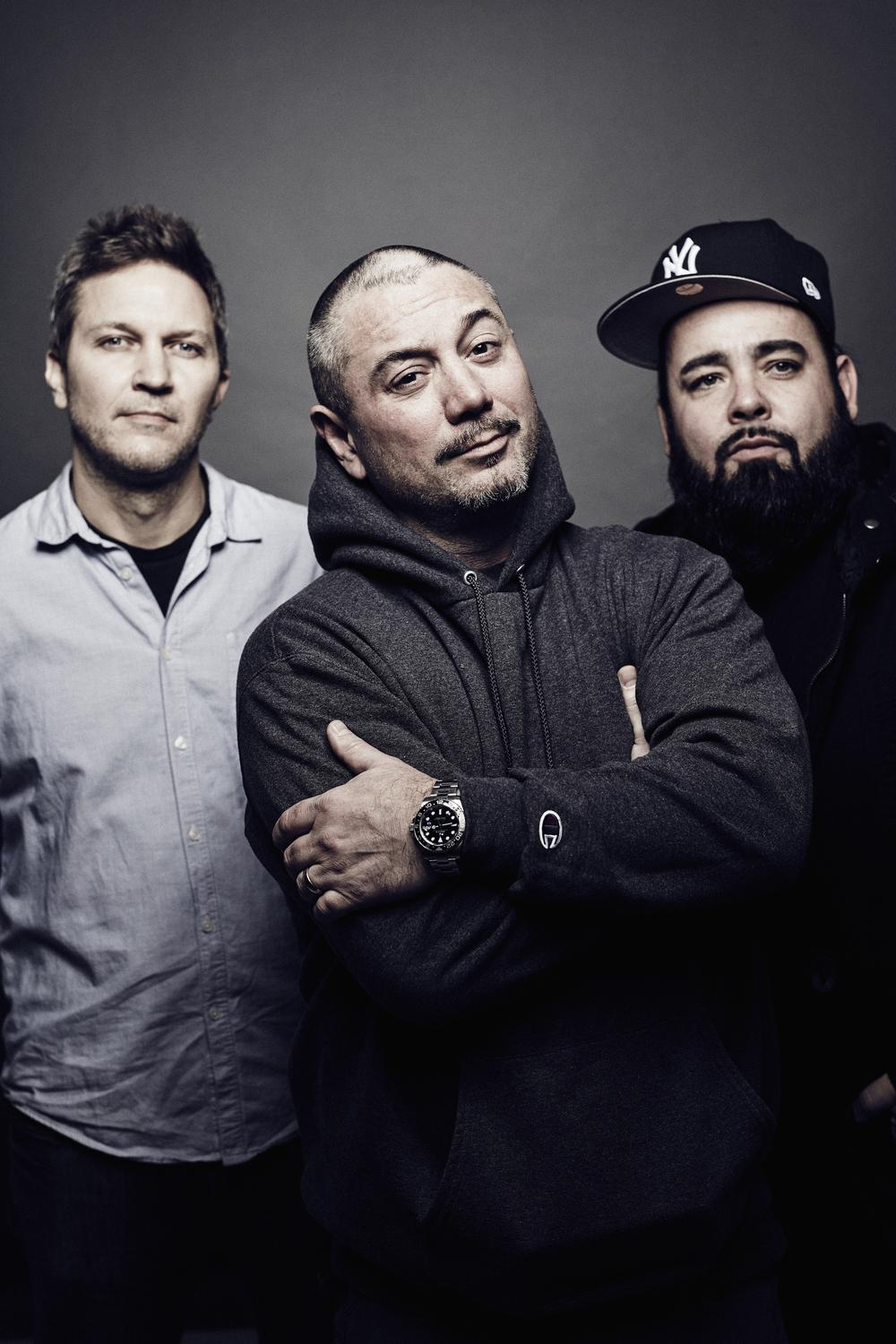 fun-lovin-criminals-bass-tabs